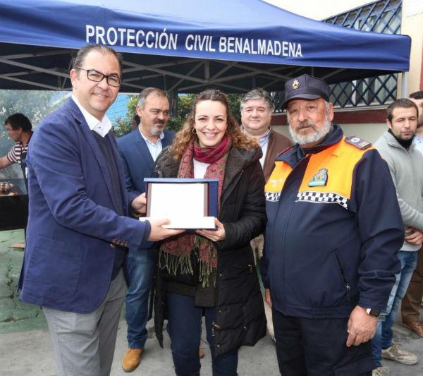 El Ayuntamiento dota de nuevos uniformes a los voluntarios de Protección Civil