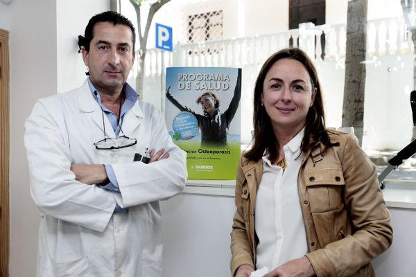 La farmacia de Benalmádena pueblo desarrolla el programa 'Prevención de Osteoporosis'