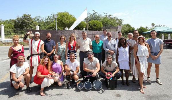 EL Alcalde y los concejales de Cultura y Comercio inauguran ´¨Portum-Vita Hispanorum¨, una recreación de un puerto comercial de la Antigua Roma