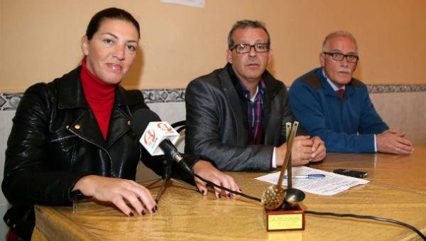 El Club de Raqueta Valssport hace entrega de la recaudación del Torneo Benéfico al Comedor Social