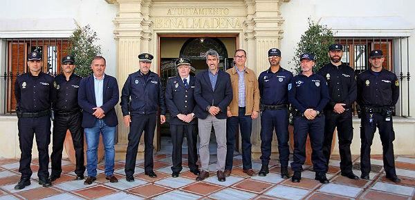 El Alcalde de Benalmádena y el Concejal de Seguridad reciben en la alcaldía a agentes de la Policía de Seguridad Pública Portuguesa