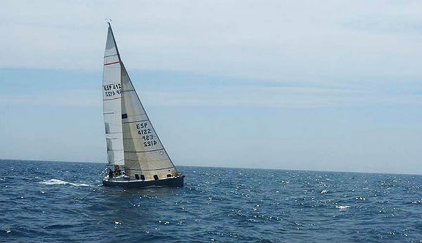 Benalmádena lidera el Campeonato de Andalucía de Cruceros a Dos