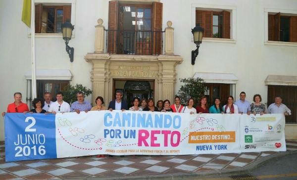 La Directora del Plan Integral de Obesidad Infantil de Andalucía felicita al Ayuntamiento de Benalmádena por la iniciativa 'Caminando por un Reto: Destino Nueva York'