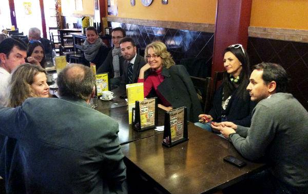La alcaldesa mantiene un encuentro con un grupo de empresarios benalmadenses