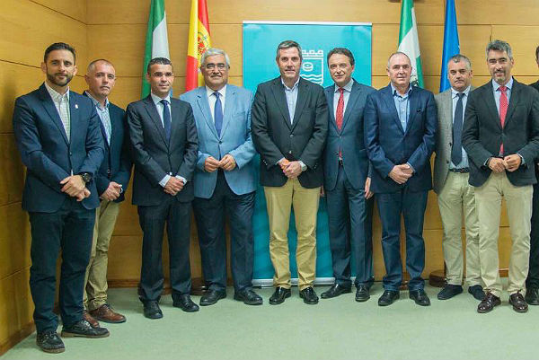 El Alcalde de Benalmádena solicita al Consejero de Economía la realización ...