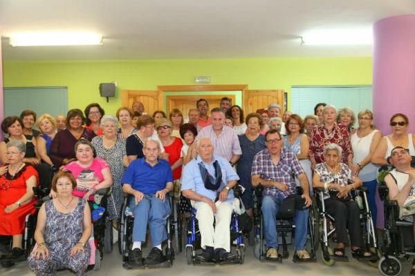 El Alcalde y la Concejala de Sanidad asisten a la clausura del Programa 'Contamos Contigo; Sin Barreras. También Podemos Bailar'