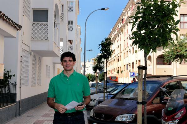 El Ayuntamiento sustituye el arbolado de la calle Paloma para atender una demanda histórica de los vecinos