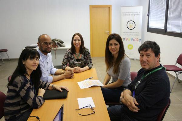 Charla coloquio 'Las Ampas, su papel preventivo' en la Delegación de Bienestar Social