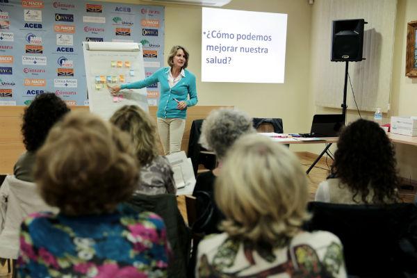 El Colegio de Médicos de Benalmádena pone en marcha el taller 'Consejo dietético'