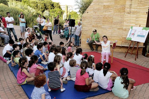 Las 'Tardes de Biblioteca' registran un gran éxito de participación en el Parque de la Paloma