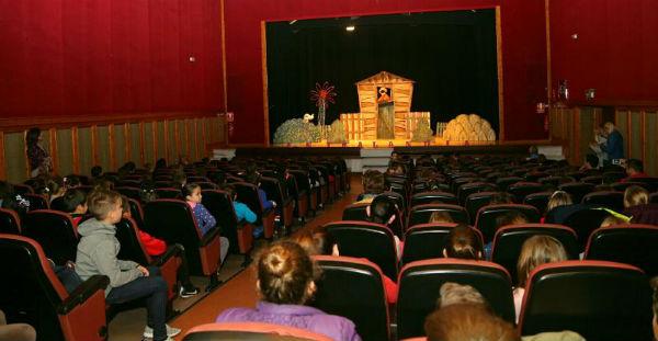 'La Escuela Va al Teatro' se vuelca este año en la concienciación sobre la violencia de género y el acoso escolar.