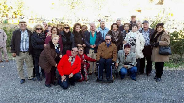 Más de 160 mayores benalmadenses disfrutan de la fiesta de la 'Zanahoria Mora' en Cuevas Bajas