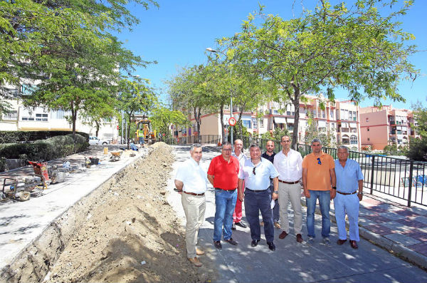 Emabesa inicia obras de renovación de la red de abastecimiento y asfaltado en Calle Alhambra