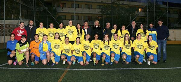 La Regidora felicita al equipo femenino del Atlético Benamiel, que jugará la liga de ascenso a segunda división nacional