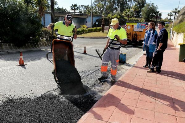 Continúa con éxito el plan de intensificación de mejoras y limpieza en la urbanización Nueva Torrequebrada