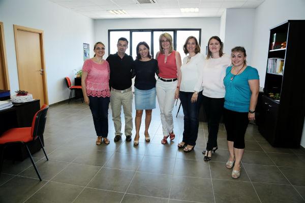 La alcaldesa visita las nuevas instalaciones del Centro Municipal de Información a la Mujer