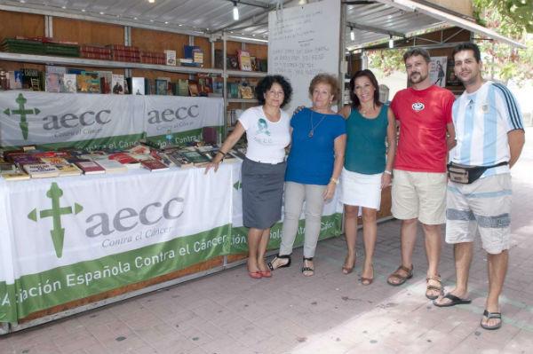 El Mercado Comercial dle Libro de Benalmádena alcanza su ecuador con éxito de participación