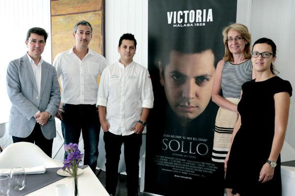 La alcaldesa visita el restaurante 'Sollo' tras su éxito en el certamen 'Málaga Food Wine Festival'