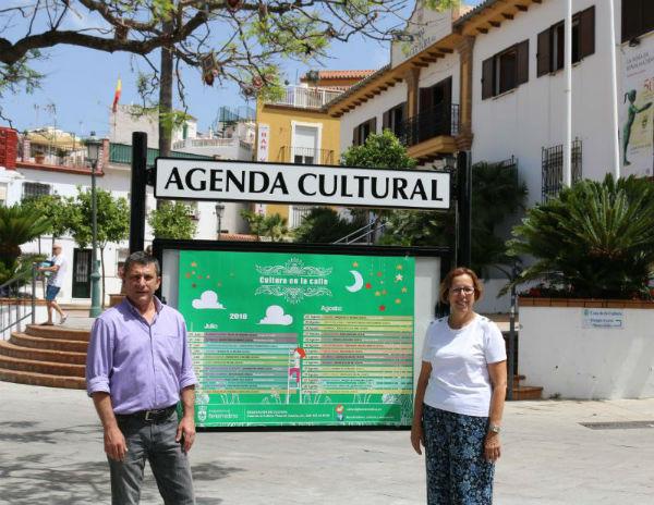 Cultura instala puntos de información en los tres núcleos de población de Benalmádena.