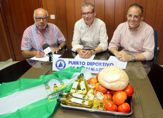 ¿Yo? Producto Andaluz finalizará su campaña de verano con un acto en colaboración con el Puerto Deportivo
