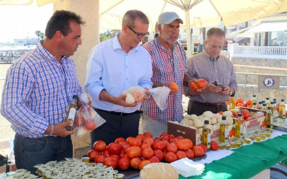 Francisco Salido participa en el acto de fin de campaña de verano de ¿Yo? ¡Producto Andaluz!