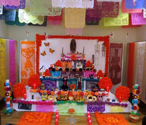 ALTAR DE DIFUNTOS MEXICANO.