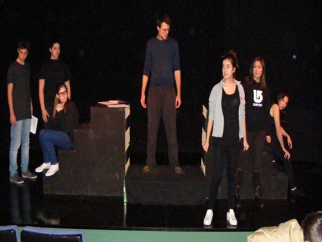 Muestra de Teatro: Asociación Cultural Alezeiateatro
