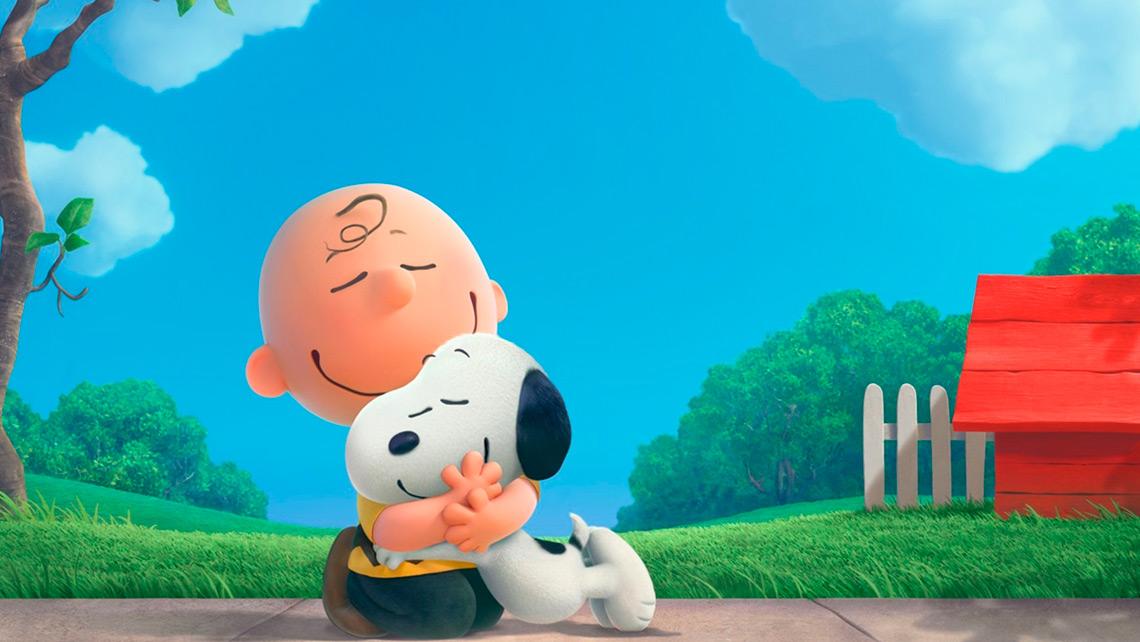 Proyección de la película Snoopy y Carlitos
