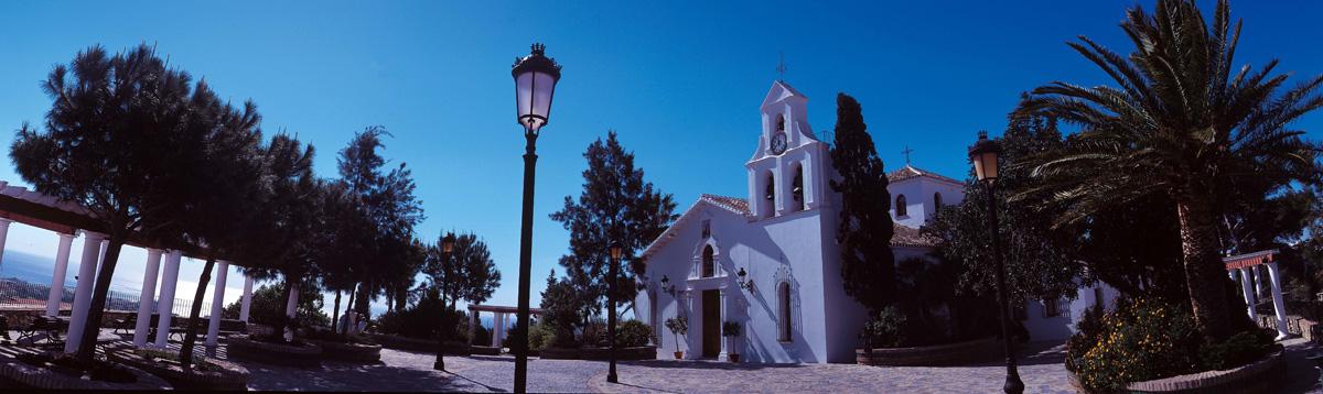 Iglesia Santo Domingo - Benalmádena Pueblo