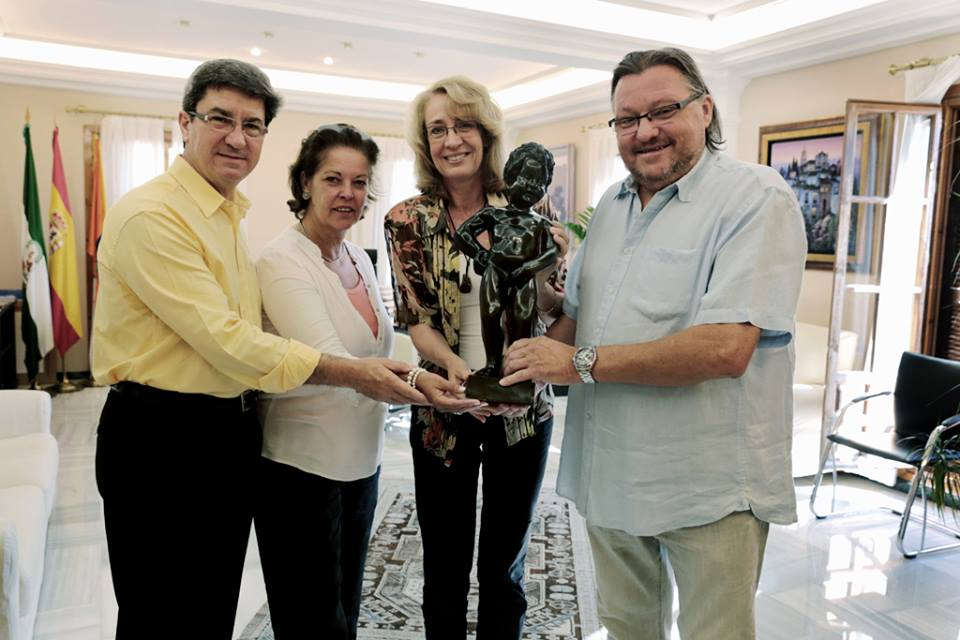 Brussel Council sends beautiful gift to Benalmadena