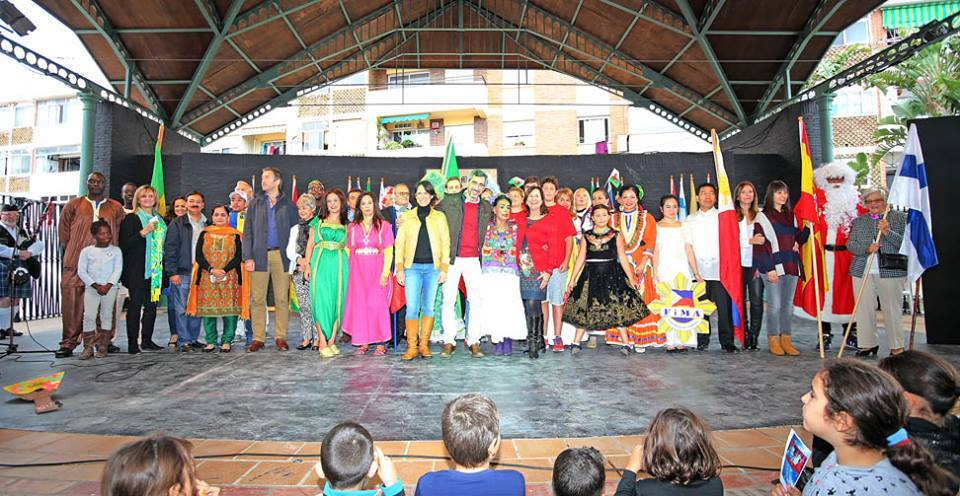 Festival of Christmas Traditions 2015.2