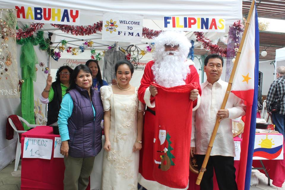 Festival of Christmas Traditions 2015.4