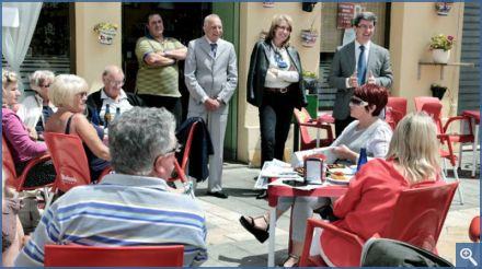 Mayor meets with British residents
