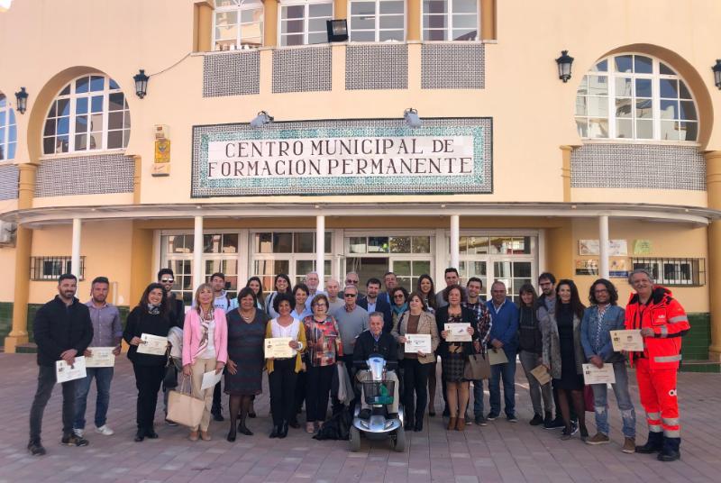 Las Concejalas Alicia Laddaga e Irene Díaz participan en las entregas de los diplomas a los participantes en la Semana de Prevención de la Obesidad.