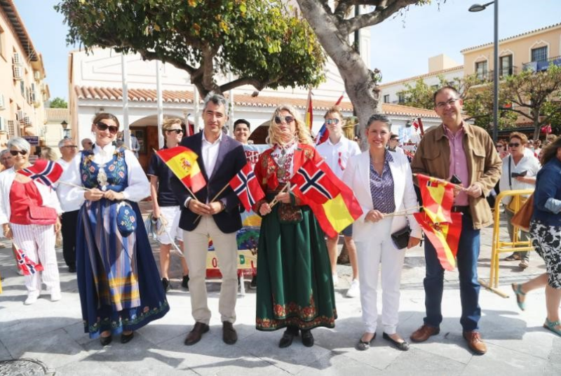 LA COMUNIDAD NORUEGA CELEBRA SU DÍA NACIONAL EN EL CENTRO DE ARROYO DE LA MIEL