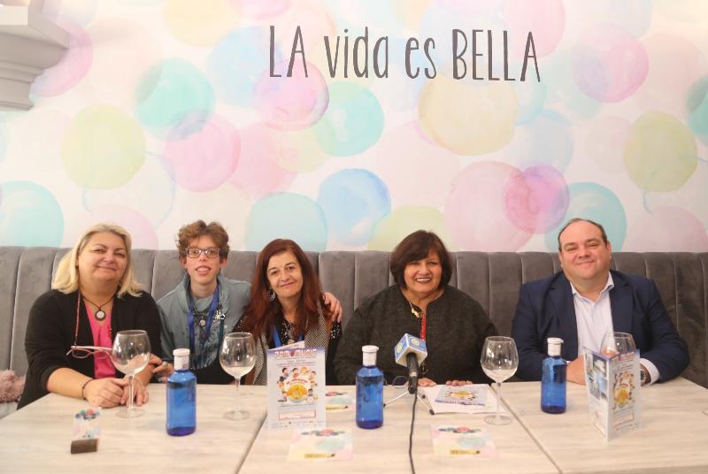 LA CONCEJALA ALICIA LADDAGA PRESENTA UN EVENTO BENÉFICO DE LA ASOCIACIÓN CULTURAL PAM MUSIC
