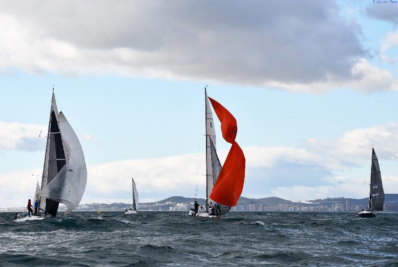 Benalmádena concluye su calendario náutico con la disputa de las últimas regatas
