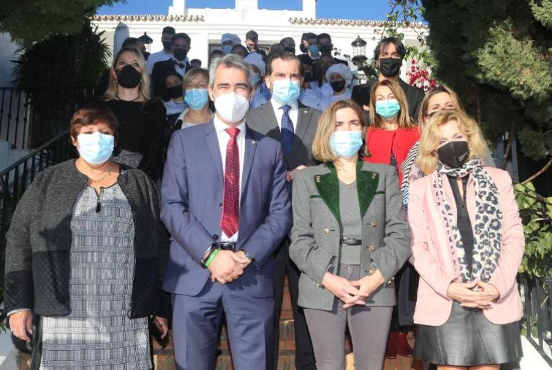 ALUMNOS Y PERSONAL DE LA ESCUELA LA FONDA ELABORAN 84 MENÚS SOLIDARIOS PARA FAMILIAS VULNERABLES DE BENALMÁDENA