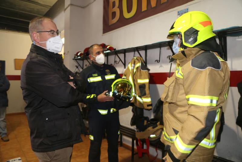 BOMBEROS DE BENALMÁDENA ESTRENAN NUEVOS EQUIPOS DE PROTECCIÓN PERSONAL