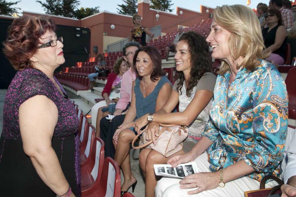 La regidora asistió a la Gala Anual de Abad celebrada en el Parque de la Paloma