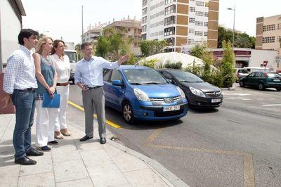 El Ayuntamiento abre al tráfico la rotonda de Solymar para dar respuesta a vecinos y comerciantes de la zona.