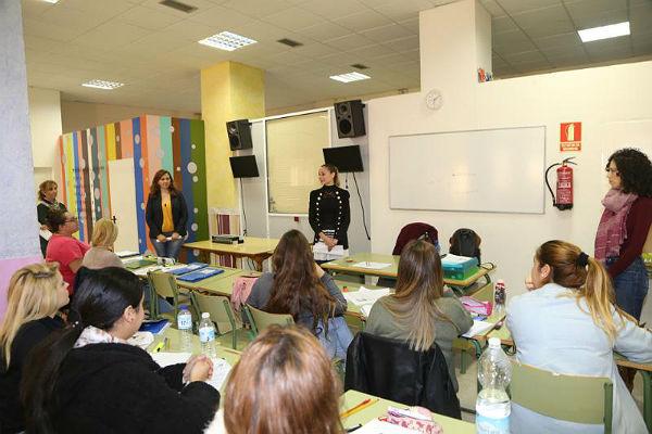 Comienza el proyecto 'Benemplea Joven' de cursos de formación profesional gratuitos con el apoyo del Fondo Social Europeo