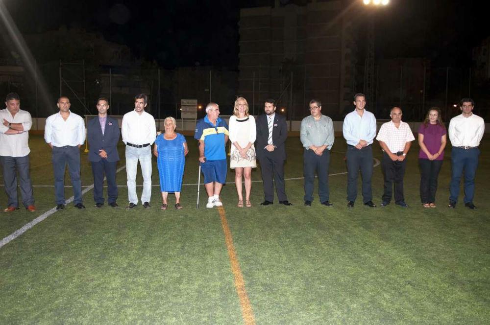 La alcaldesa asistió a la presentación de la nueva temporada 2012/2013 del Atlético Benamiel