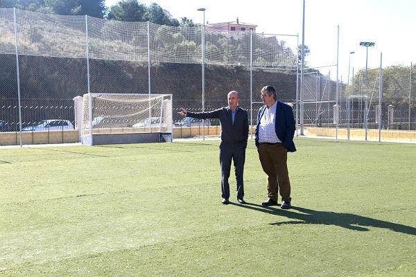 Retamar incorpora a sus instalaciones una nueva pista polideportiva de uso polivalente