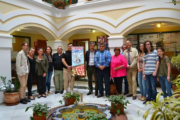 El Alcalde Víctor Navas y la Concejala Ana Scherman presentan el cartel anunciador del Corpus Christi 2018