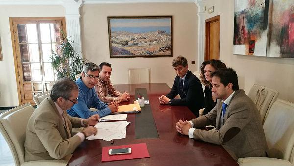 El Ayuntamiento de Benalmádena y el Colegio de Abogados de Málaga renuevan sus tres convenios de colaboración en la lucha contra los delitos de odio y para la intermediación en casos de alquileres e hipotecas
