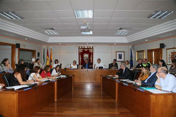 Benalmádena logra reducir en un 50% los casos de absentismo escolar durante la presente legislatura