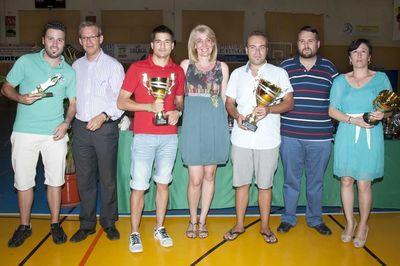 La Alcaldesa Preside la Entrega de Trofeos de las Competiciones Locales Celebradas con Motivo de la Feria de San Juan 2012.