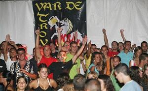 Buen ambiente en las Casetas de la Juventud y Conciertos Feria 2006
