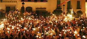 La Virgen de la Cruz de nuevo en las Calles de Benalmádena Pueblo 2006